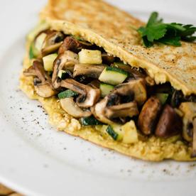 Hafer-Omelette mit Champignons und Zucchini