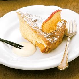Vollkornkuchen mit Apfelchips