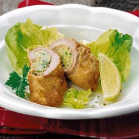 Gerolltes Kalbsschnitzel mit Erdäpfel-Jungzwiebelfülle