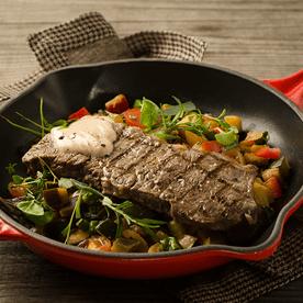 Entrecote vom Jungrind mit Sauce Ajoli und Ratatouille