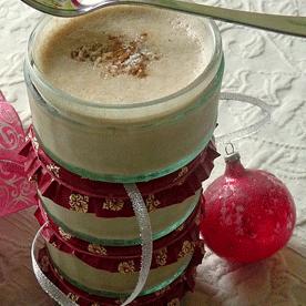 Bratapfelmousse mit Nüssen und Marzipan