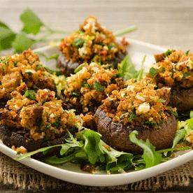 Gefüllte Champignons mit Feta und getrockneten Tomaten