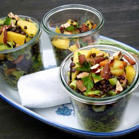 Linsen-Mango-Salat mit Curry-Pastinaken und Karotten